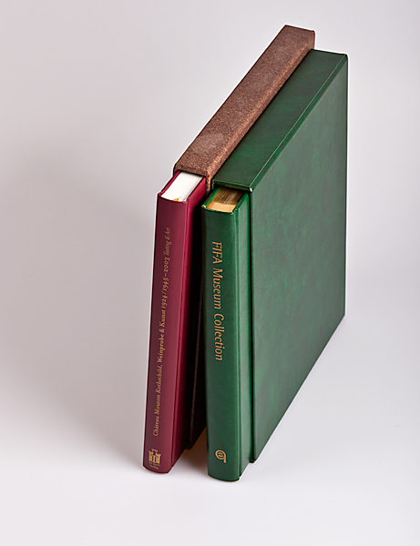 Bücher im Schuber